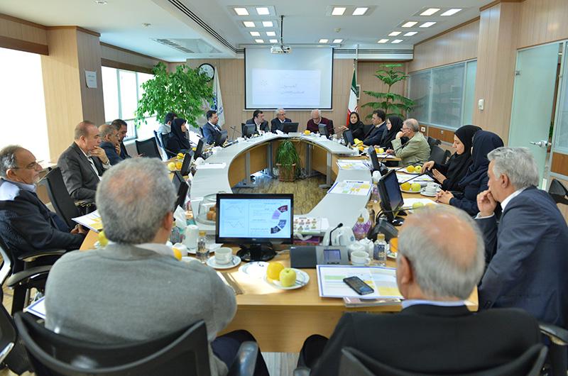 بررسی چالشهای توسعه صنایع صادراتی در اتاق تهران