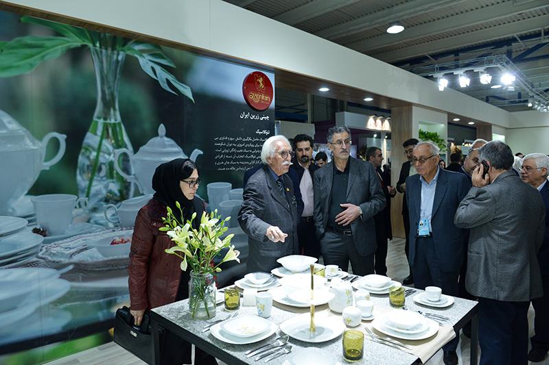 بازدید رییس اتاق تهران از نمایشگاه بینالمللی لوازم خانگی