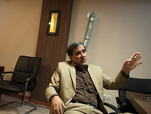 بیتالله ستاریان میگوید مسکن سال آینده از رکود خارج میشود