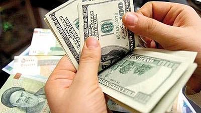 دلار همچنان سقوط میکند