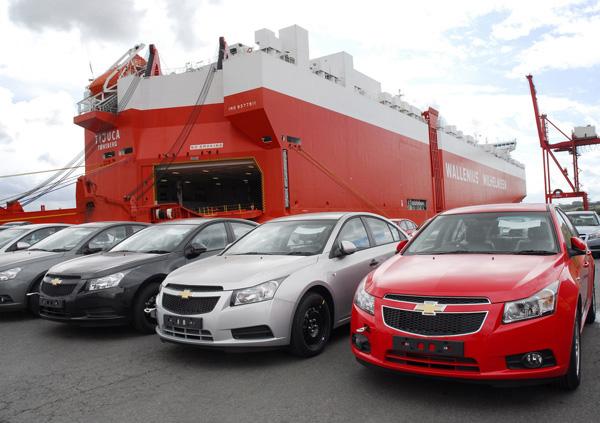 سال نامیمون برای واردکنندگان خودرو