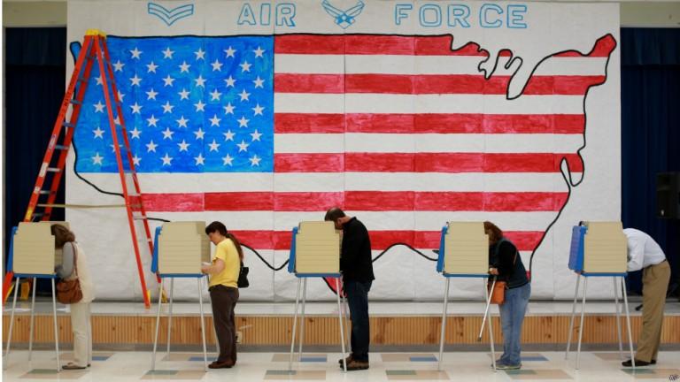 آیا دموکراسی در حال عقبنشینی است؟