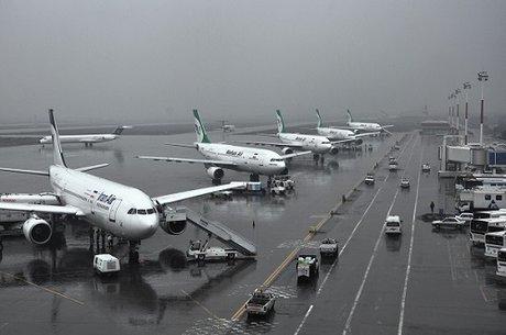 عربستانیها برای انجام پروازهای حج همکاری نمیکنند/ رشد 9 درصدی حمل و نقل هوایی در سال