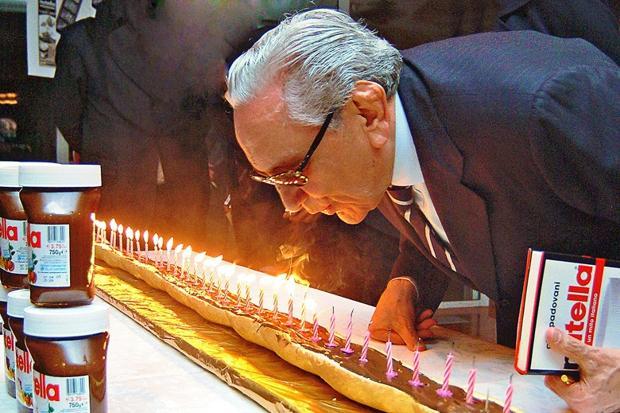 نگاهی به کسبوکار خانواده فرِرو، مالک چهارمین شرکت بزرگ شکلاتسازی در دنیا