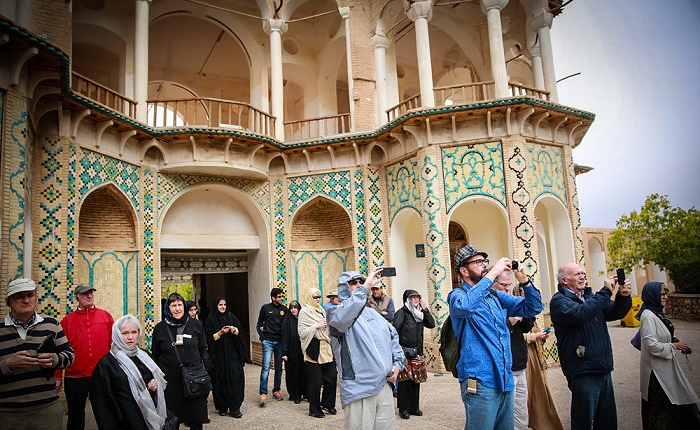 صنعت گردشگری ایران نیازمند تحولات اساسی مدیریتی است
