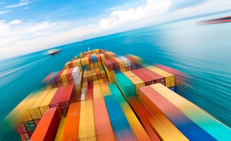امکان منفی شدن تراز تجاری امسال با وجود رشد صادرات غیرنفتی