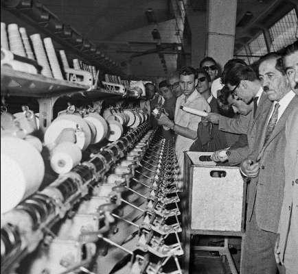 نگاهی به فراز و فرود زندگی محمد هراتی از کارخانهداری تا نمایندگی مجلس