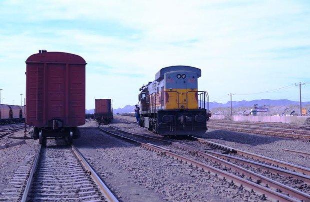 رشد ۶.۵ درصدی مسافران قطار در سال ۹۶/ دورخیز برای رساندن مسافران ریلی به ۱۰۰ میلیون نفر