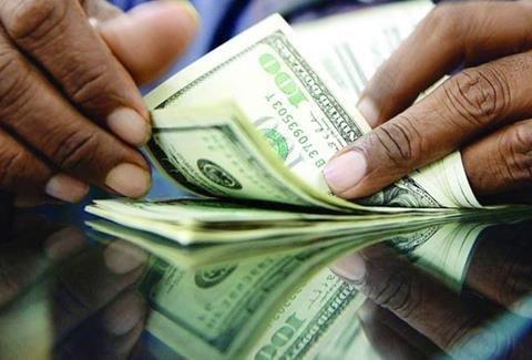 دلار 4 هزار و 200 تومانی به نفع واردات است