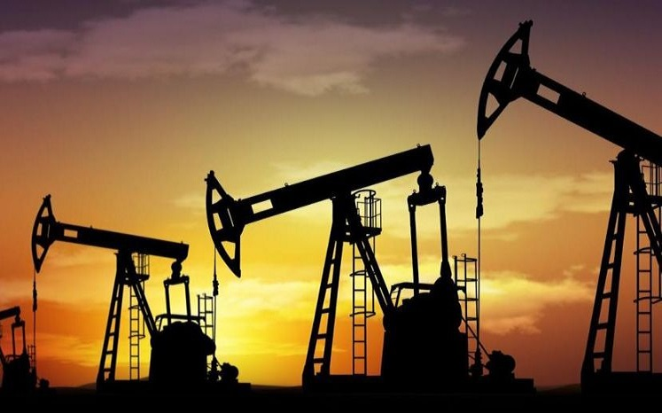 اوپک و روسیه نفت بیشتری در آینده تولید خواهند کرد