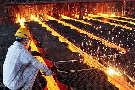 فولاد گرفتار بحران آب