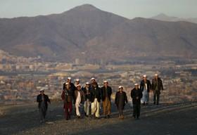 تسهیل ورود قانونی افغانها به ایران/حمایت از دانشجویان ممتاز و نخبه پناهنده و مهاجر