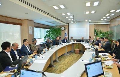 از ضرورت اصلاح ضوابط استقرار واحدهای صنعتی تا مزایای اتوبوسهای برقی