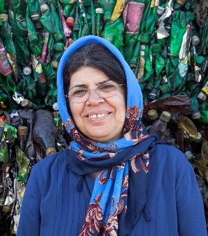 نگاهی به زندگی هایده شیرزادی، زن کارآفرینی که نخستین مرکز بازیافت را در ایران راهاندازی کرد