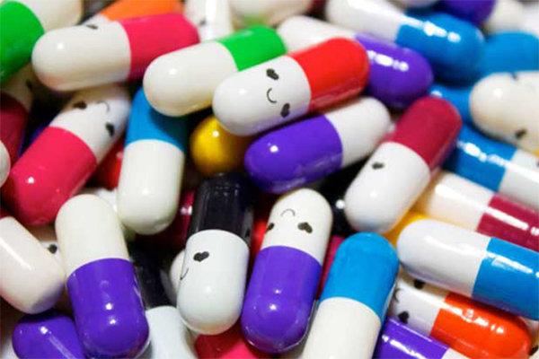 واردات بیش از ۳۰۰۰ تن دارو در سال جاری