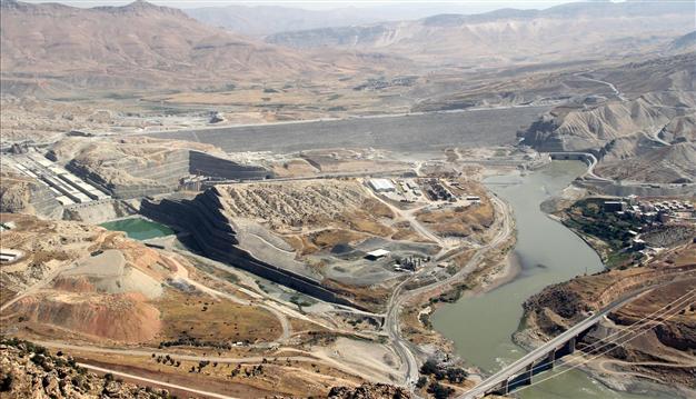 گسل رو به افزایش آبی بین عراق و ترکیه