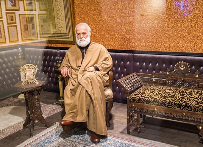 نگاهی به زندگی حاج حسین ملک