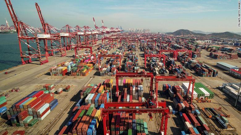 تولیدکنندگان نه در چین میمانند و نه به امریکا میروند