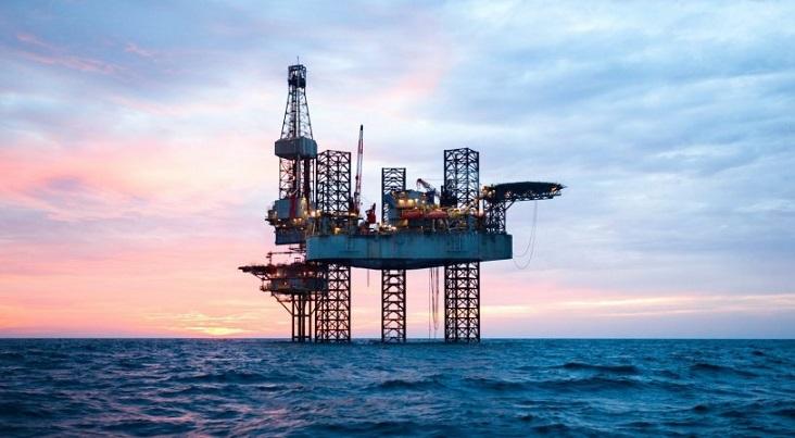 نفت در حدود 57 دلار باقی میماند؟