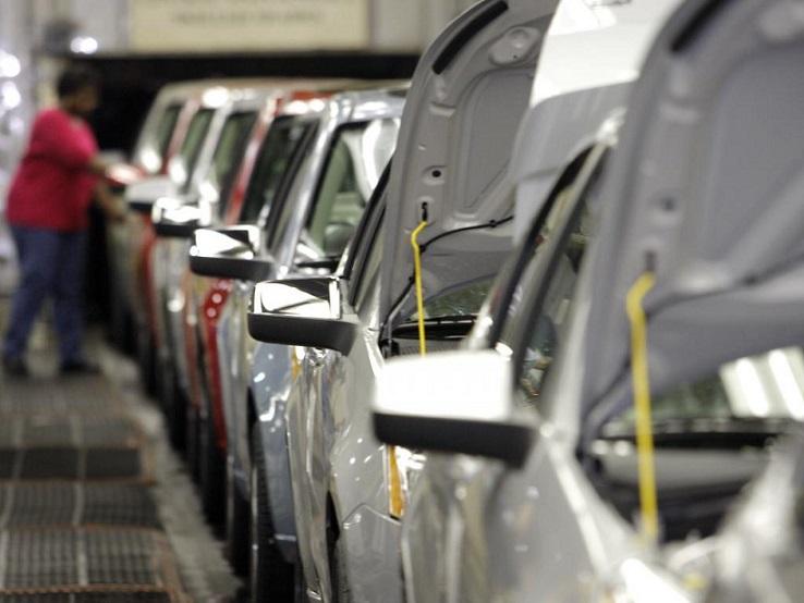 چین، تعرفه واردات خودرو را کاهش داد