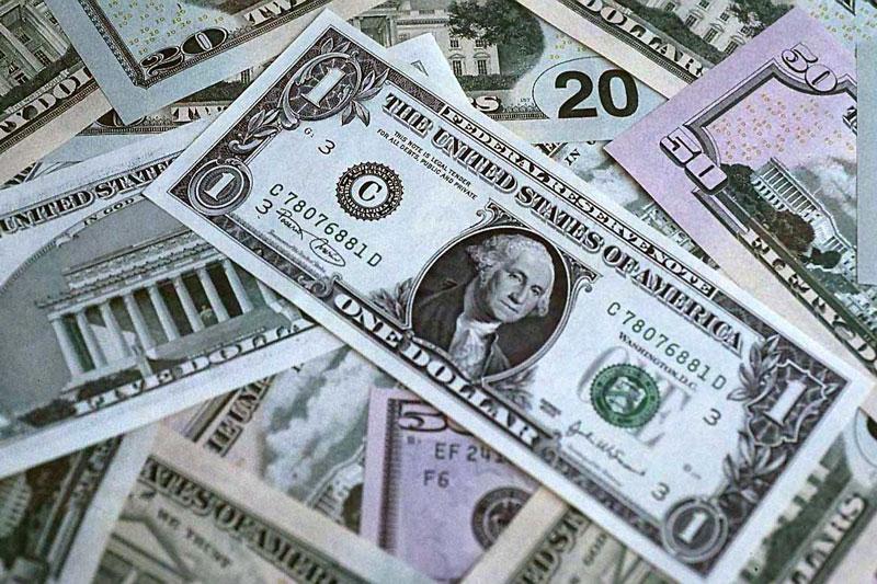 صعود دلار در برابر تضعیف پوند