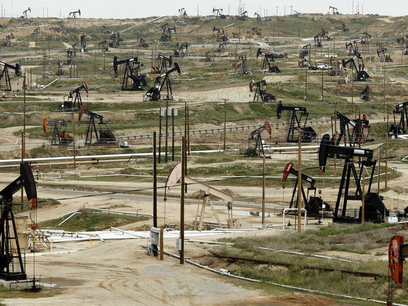 نفت دو درصد ریزش کرد