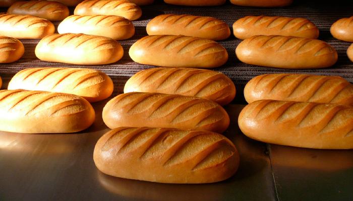 تولیدکنندگان نان صنعتی مشکل آرد دارند