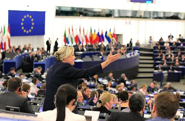 اگر اروپا به راست بپیچد