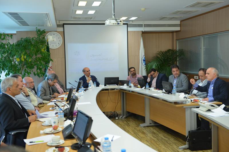 چشمانداز اقتصاد نفت و صنعت برق در ایران