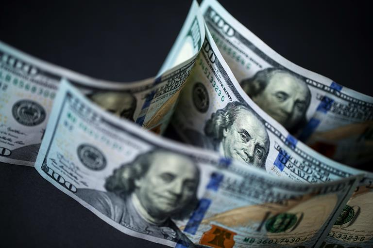 250 تریلیون دلار بدهی جهان در نیمه اول سال 2019