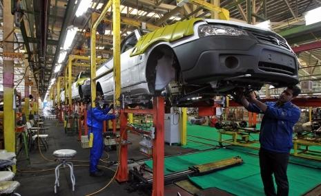 گردونه خودروسازان برای چه کسانی میچرخد؟
