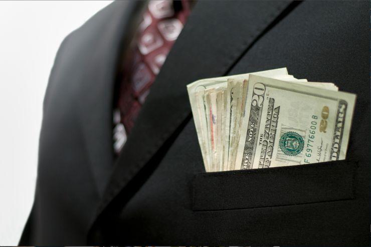 نوسان نرخ ارز دشمن سرمایه گذاری است