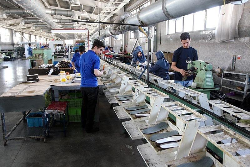 ضرورت استفاده حداکثری از ظرفیت تولید در صنایع کوچک و متوسط