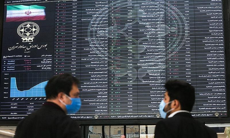 بانکها با حضور در بورس از وظیفه ذاتی خود دور میشوند
