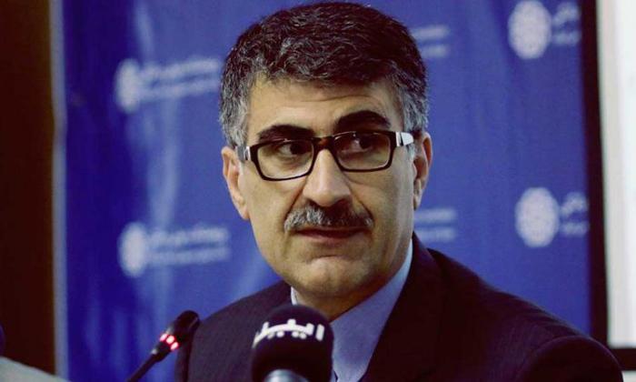 اقتصاد ایران در دو راهی