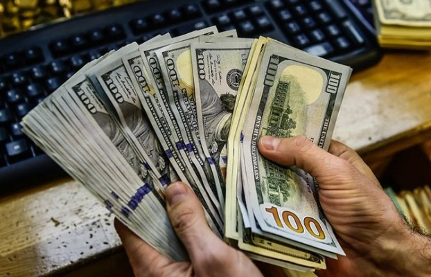 سایه تحریم بر بازار ارز