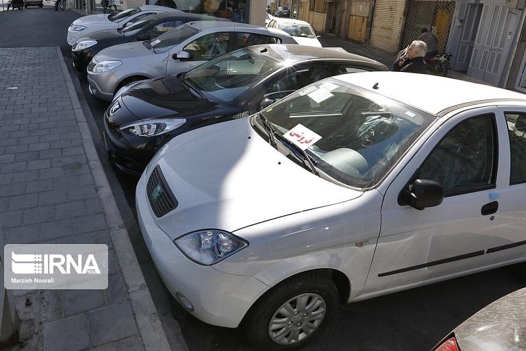 ادامه ریزش نرخ خودرو با وجود مجوز افزایش قیمت شورای رقابت