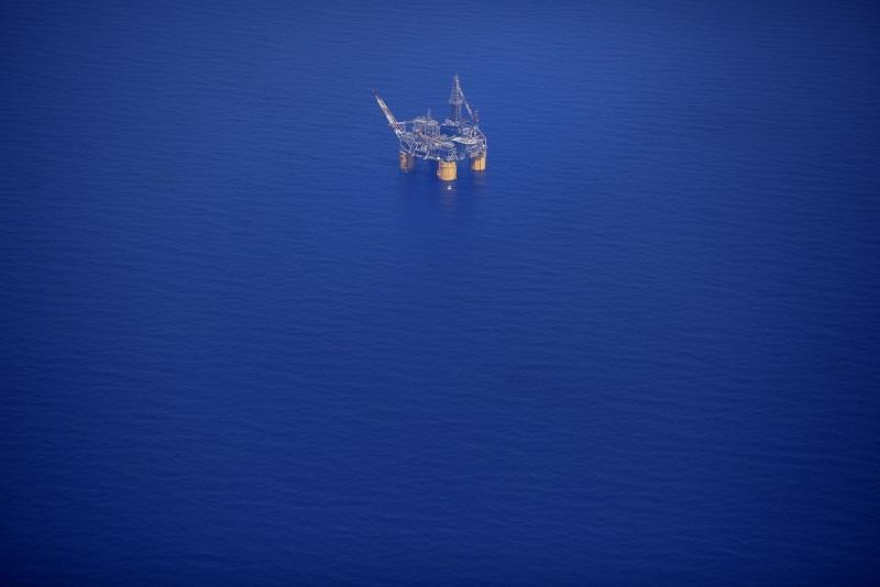 تحریم های نفتی ایران فعلا باقی می ماند