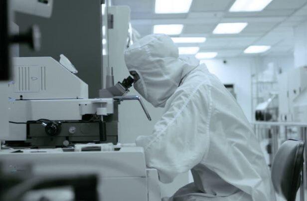 نگاهی به تاسیس شرکت بایونتِک، از اولین تولیدکنندگان واکسن کووید 19